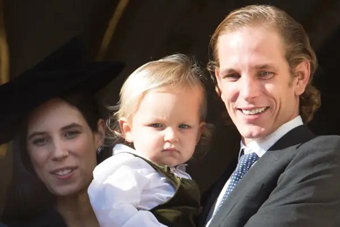 Vài tháng trước khi cặp đôi hoàng gia kết hôn,Tatiana đã hạ sinh con trai đầu lòng với hoàng tửAndrea Casiraghi làAlexandre Andrea Stefano Casiraghi, biệt danh là Sacha. Ảnh: BI.