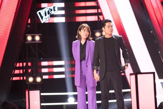 Trong 4 mùa giải của chương trình Giọng hát Việt nhí cặp đôi nhà Cải Bắp luôn thể hiện sự kết hợp ăn ý mỗi khi lên sóng truyền hình.