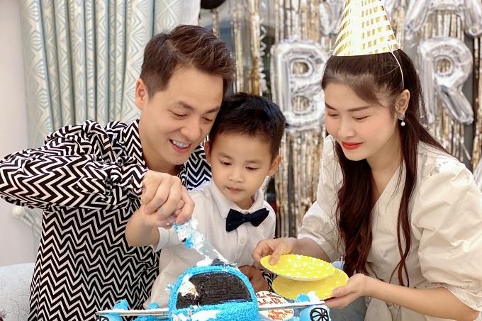 Đăng Khôi tổ chức sinh nhật cho con trai ở biệt thự mới - 1