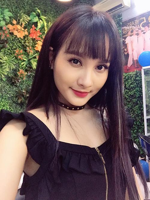 Bảo Thanh được khen trẻ trung, xinh đẹp khi đổi style mới.