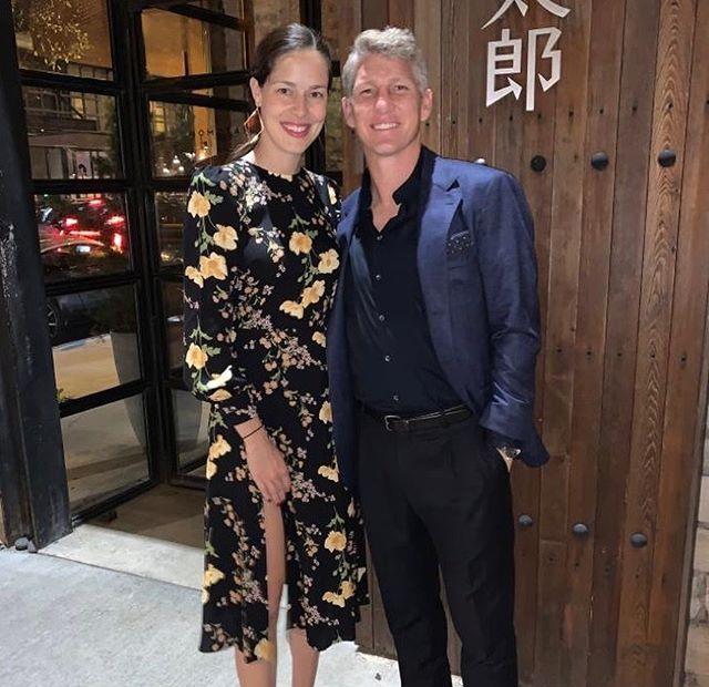 Ngôi sao người Đức và bạn đời - cựu tay vợt Ana Ivanovic - đi ăn tối cuối tháng 9