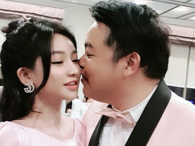 Hình ảnh thân mật của Quang Lê và Ivy.