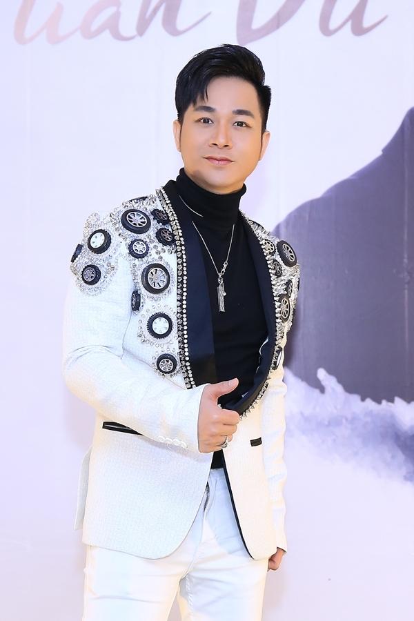 Quách Tuấn Du sinh năm 1981, là cựu thành viên nhóm nhạc D&D được thành lập vào năm 2001.