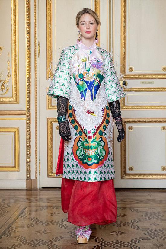 Thuỷ Nguyễn hé lộ cuối năm nay chị có một sự kiện thời trang đặc biệt, hứa hẹn gây bất ngờ với khán giả.