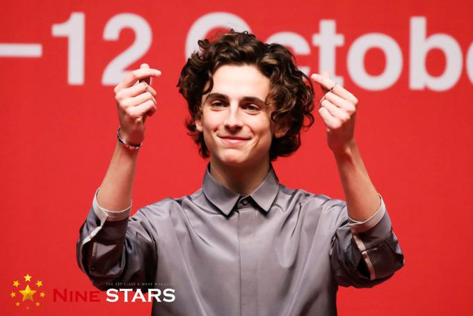 Nam diễn viên được đề cử Oscar luôn giữ tâm trạng tươi vui và sự thân thiện trong mọi hoạt động.