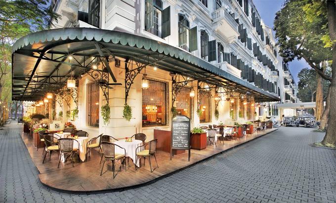 Khách sạn Sofitel Metropole không chỉ có lịch sử lâu đời mà còn sở hữu kiến trúc phong cách thời Pháp thuộc sang trọng.Ảnhph.asiatatler