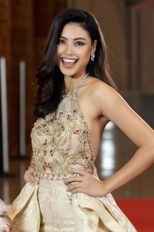 Đào Thị Hà là thí sinh chiến thắng tập thứ hai. Cô sinh năm 1997, cao 1,74m, từng lọt top 5 Hoa hậu Việt Nam 2016 và được nhận xét là bản sao Tăng Thanh Hà.