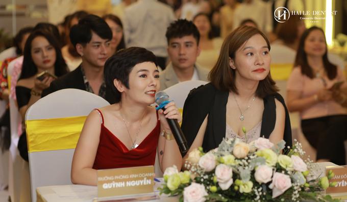 Bà Quỳnh Nguyễn - đại diện nha khoa Hải Lê phát biểu tại sự kiện.