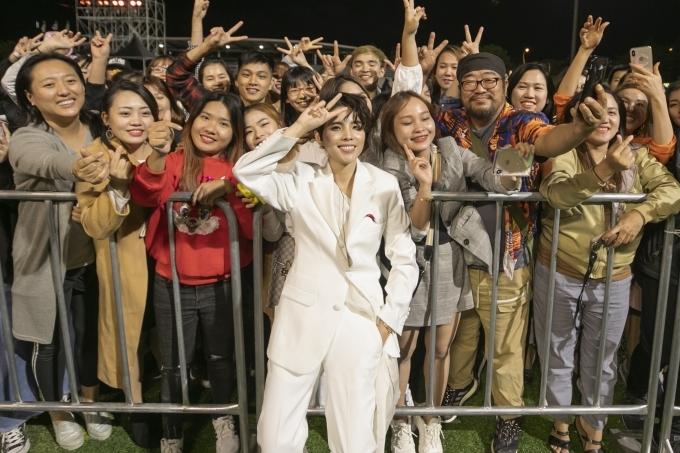 Vũ Cát Tường biểu diễn ở Asia Song Festival - 5