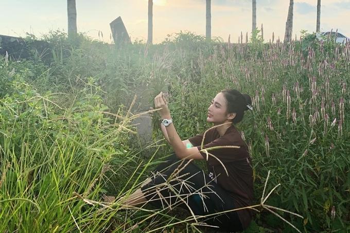 Thỉnh thoảng, Angela Phương Trinh vẫn tham dự vài sự kiện, quay TVC thương mại.