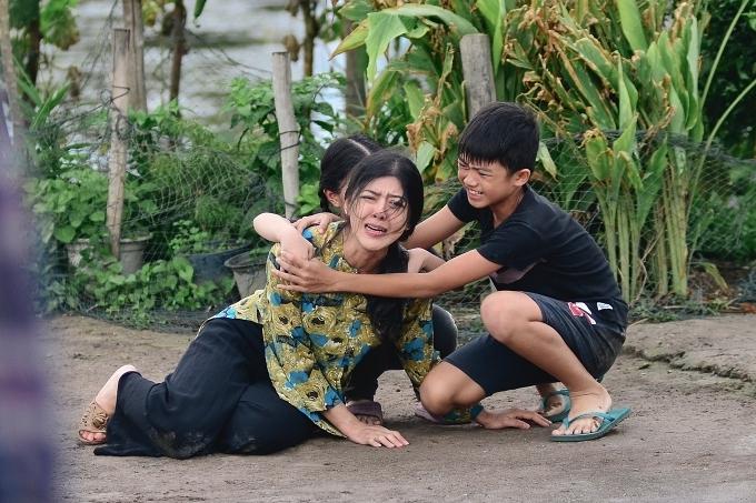 Hamlet Trương gửi lời cám ơn sâu sắc đến diễn viên Hồng Trang - vai người chị.