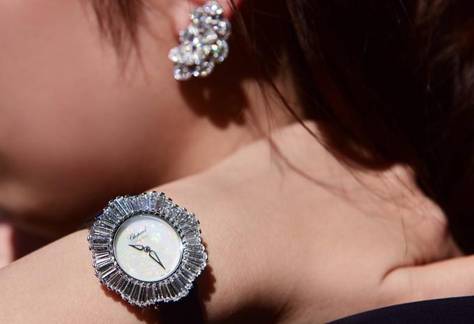 Một số mẫu đồng hồ nằm trong bộ sưu tập cao cấp L'Heure du Diamant đang có mặt tại Việt Nam