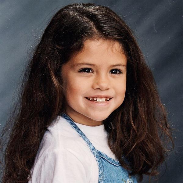 Selena Gomez cute thời bé.