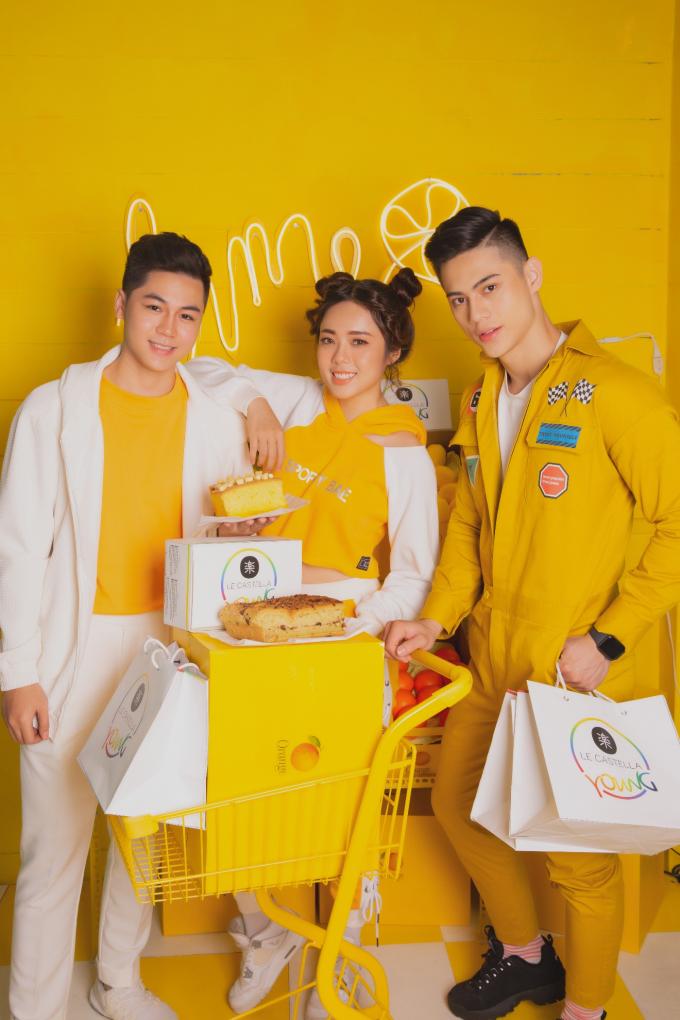 Le Castella Young là mô hình ngôi nhà trà bánh mới của Le Castella, một phiên bản đầy màu sắc hiện đại với giá thành hợp túi tiền giới trẻ. Các tín đồ bánh bông lan Đài Loan tuổi teen giờ có không gian ngồi lại tại chỗ được thiết kế trẻ trung, hiện đại.