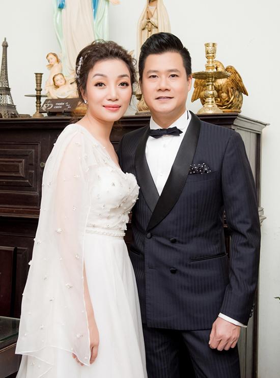 Phạm Thu Hà và Quang Dũng.