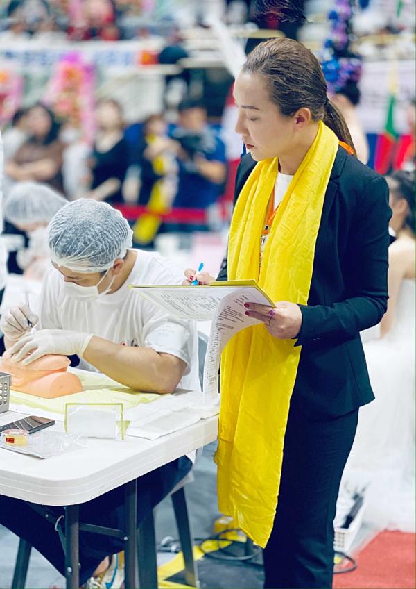 Master Ngọc Trần làm giám khảo cuộc thi Tài năng ngành thẩm mỹ Hàn Quốc - 1