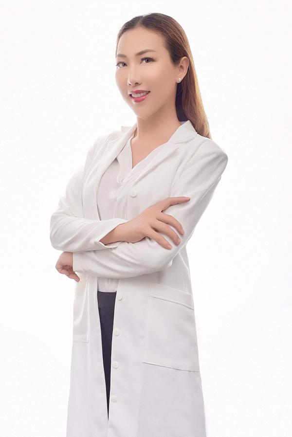 Master Ngọc Trần làm giám khảo cuộc thi Tài năng ngành thẩm mỹ Hàn Quốc