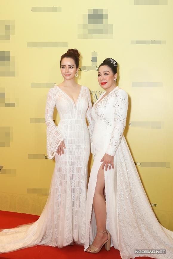 Diễn viên - nhà sản xuất phim Mai Thu Huyền (trái).