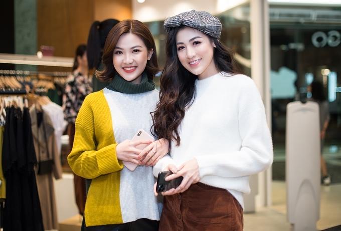 Gặp gỡ Lương Thanh tại sự kiện, Tú Anh trổ tài tư vấn chọn trang phục cho đàn em.