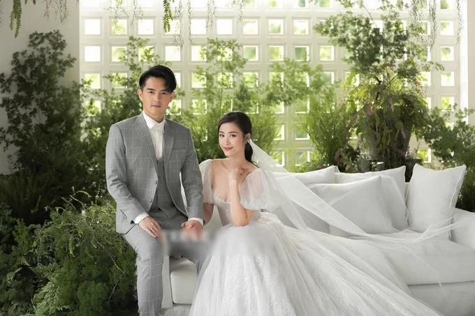 [Caption] Ảnh cưới của Đông Nhi - Ông Cao Thắng.