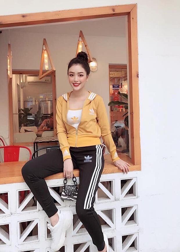 Đồ thể thao thu đông của Thương Shyn Boutique