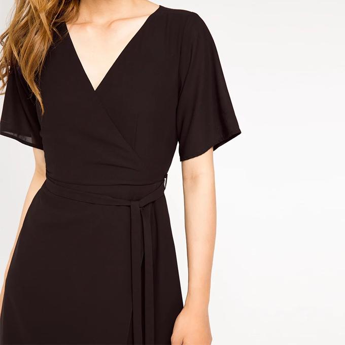 Bí quyết mặc đẹp cho bạn nữ thân hình quá khổ