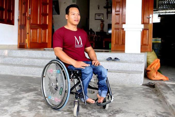Lực sĩ Lê Văn Công. Ảnh: FBNV.