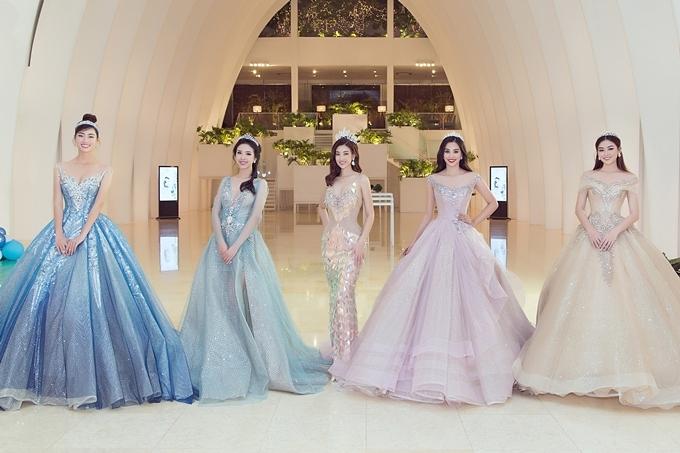 Từ trái qua: Hoa hậu Lương Thùy Linh, Á hậu Thúy An, Hoa hậu Mỹ Linh, Hoa