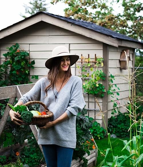 Được bố mẹ giới thiệu về công việc làm vườn từ lúc nhỏ nên đối với Heidi Richter, việc quan sát những hạt giống nảy mầm thành cây, đơm hoa kết trái giống như một điều kỳ diệu. Cô dành tình yêu lớn lao cho cây cối và trồng trọt.