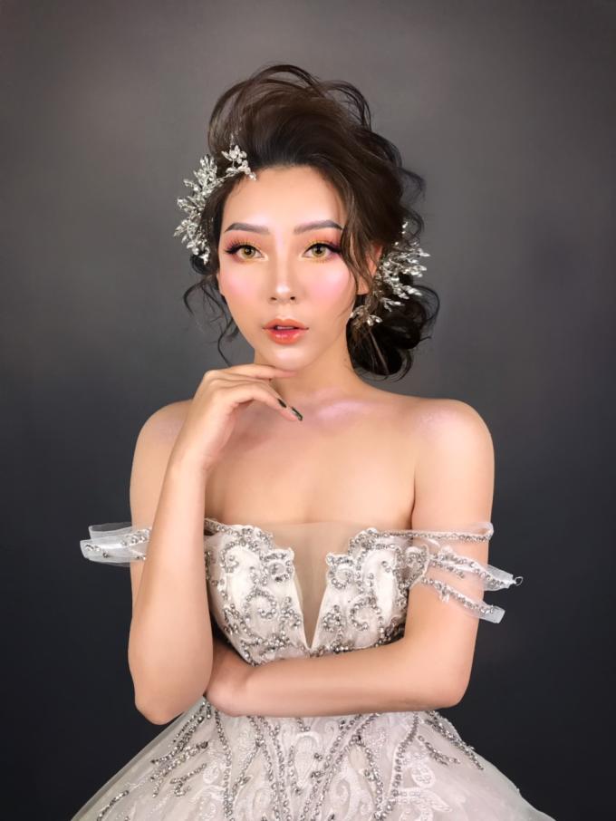 Makeup Artist Hạnh Lâm chia sẻ bí quyết trang điểm cô dâu - 4