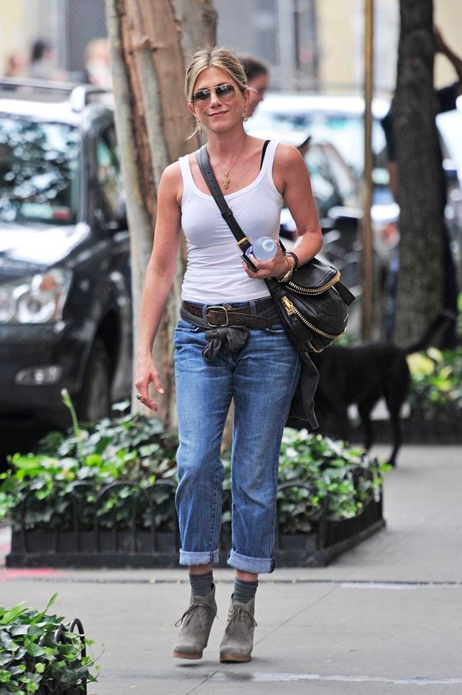 Jennifer luôn lắng nghe cơ thể và học cách yêu thương bản thân mỗi ngày.
