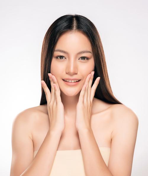 Viên dưỡng ẩm NNO - giải pháp cho làn da căng mịn.