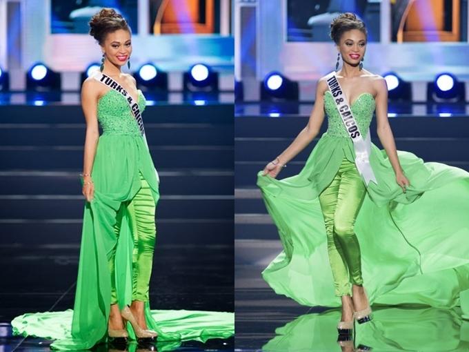 Cũng chọn jumsuit, thiết kế của Hoa hậu đảo Turks & Caicos bị chê sến sẩm, nhàu nhĩ.