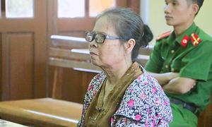 Bà lão đi tù vì móc túi