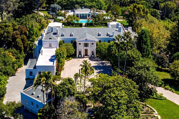 Nếu được bán với giá 225 triệu USD, Casa Encantada sẽ vượt qua dinh thự Spelling tại Holmby Hills, California, trở thành căn nhà đắt nhất từng được giao dịch tại Mỹ. Ảnh: BI.