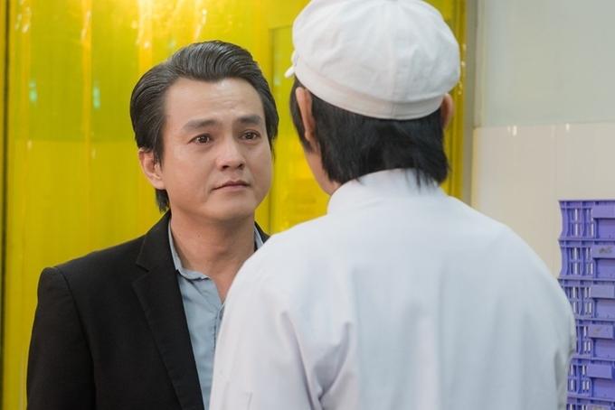 Cao Minh Đạt xúc động trong cảnh gặp lại con trai Quốc Huy.