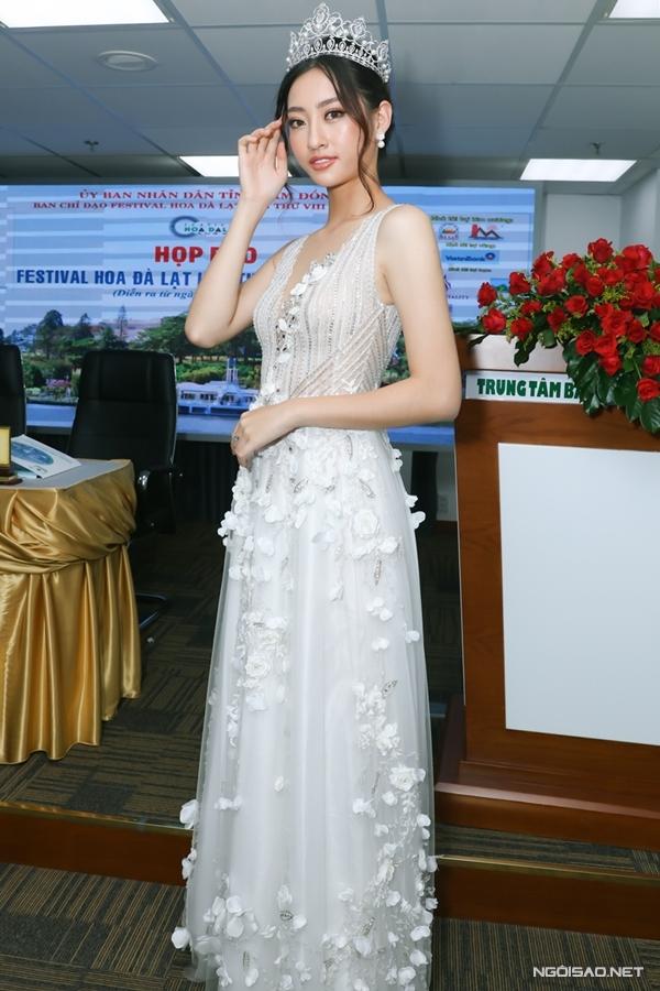 Hoa hậu Lương Thùy Linh làm đại sứ fastival hoa Đà Lạt