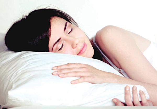 Ngủ sớm mang lại nhiều lợi ích cho sức khỏe.