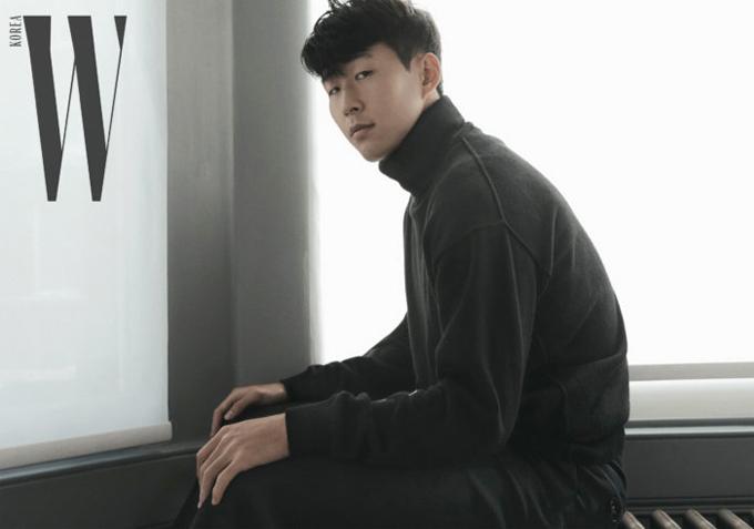Danh thủ Hàn Quốc là cầu thủ châu Á duy nhất góp mặt trong danh sách, đua tranh cùng một loạt tên tuổi lớn như C. Ronaldo