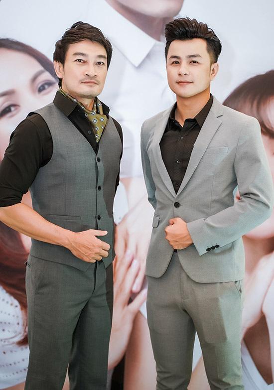 Diễn viên Quốc Thái (trái) và ca sĩ Dương Hiếu Nghĩa.