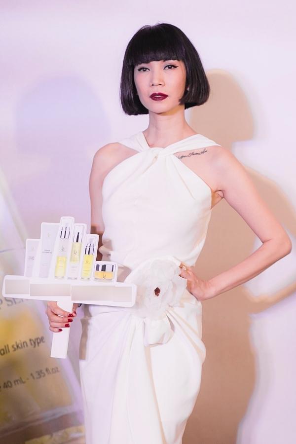 Thương hiệu mỹ phầm của Xuân Lan được cô bắt tay cùng các thành viên Hiệp hội mỹ phẩm Châu Âu sáng lập, ra mắt vào cuối tháng 3/2019. Sau hơn nửa năm, cựu siêu mẫu bày tỏ hạnh phúc khi việc kinh doanh thuận lợi, sản phẩm được đông đảo khán giả đón nhận.