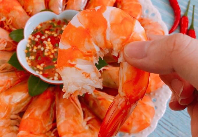 Tôm luộc nước dừa - 1