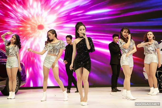 Hiện tượng The Voice 2019 - Lâm Bảo Ngọc