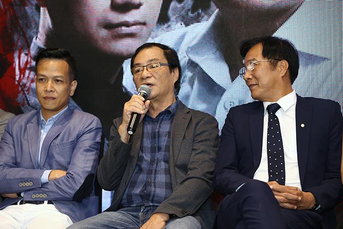Đạo diễn, NSND Khải Hưng tại buổi họp báo phim Sinh tử hôm 25/10.