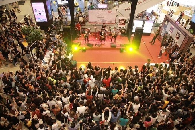 Levi's Music Week là chuỗi các sự kiện âm nhạc nằm trong chiến dịch toàn cầu của thương hiệu thời trang Levi's. Nhằm tôn vinh sự khác biệt, những cái tôi cá tính và hết mình với âm nhạc, hãng chọn phong cách Indie cho lần đầu tổ chức chương trình tại Việt Nam.