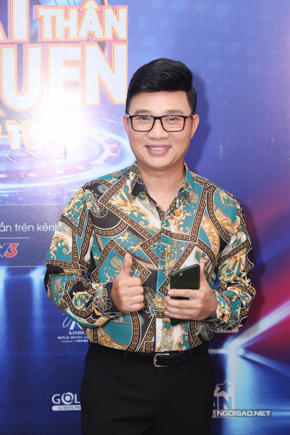 Ca sĩ Quang Linh tiếp tục ngồi ghế nóng mùa giải năm nay. Anh kiến thức âm nhạc sâu rộng cùng cách nói chuyện, nhận xét tinh tế