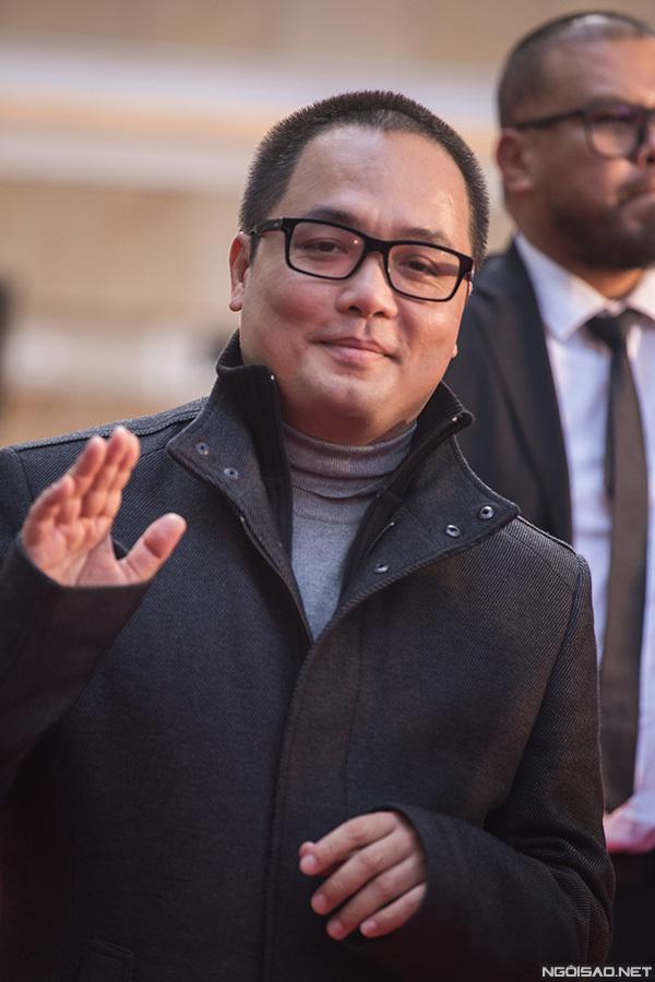 Đạo diễn Phan Đăng Di tới Tokyo ra mắt phim mới nhất là Chàng dâng cá, nàng ăn hoa. Điện ảnh Việt Nam năm nay có hai đại diện tham dự. Ngày 3/11, đạo diễn Victor Vũ cũng sẽ đến đây chiếu phim Người bất tử.