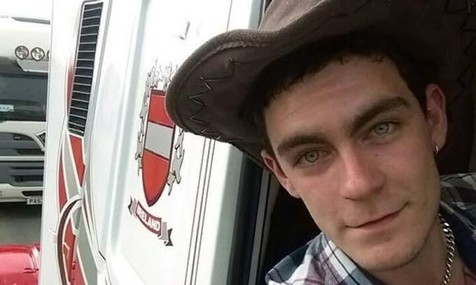 Mo Robinson, tài xế xe container chở 39 thi thể. Ảnh: Facebook/ Mo Robinson.