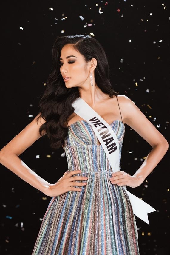 Người đẹp sẵn sàng đến với đấu trường Hoa hậu Hoàn vũ 2019 tổ chức tại Mỹ vào cuối năm nay.