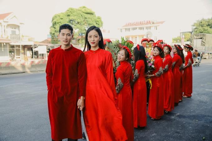 Các đám cưới người nổi tiếng diễn ra trong tháng 11